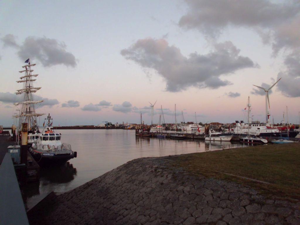 Der Hafen von Borkum