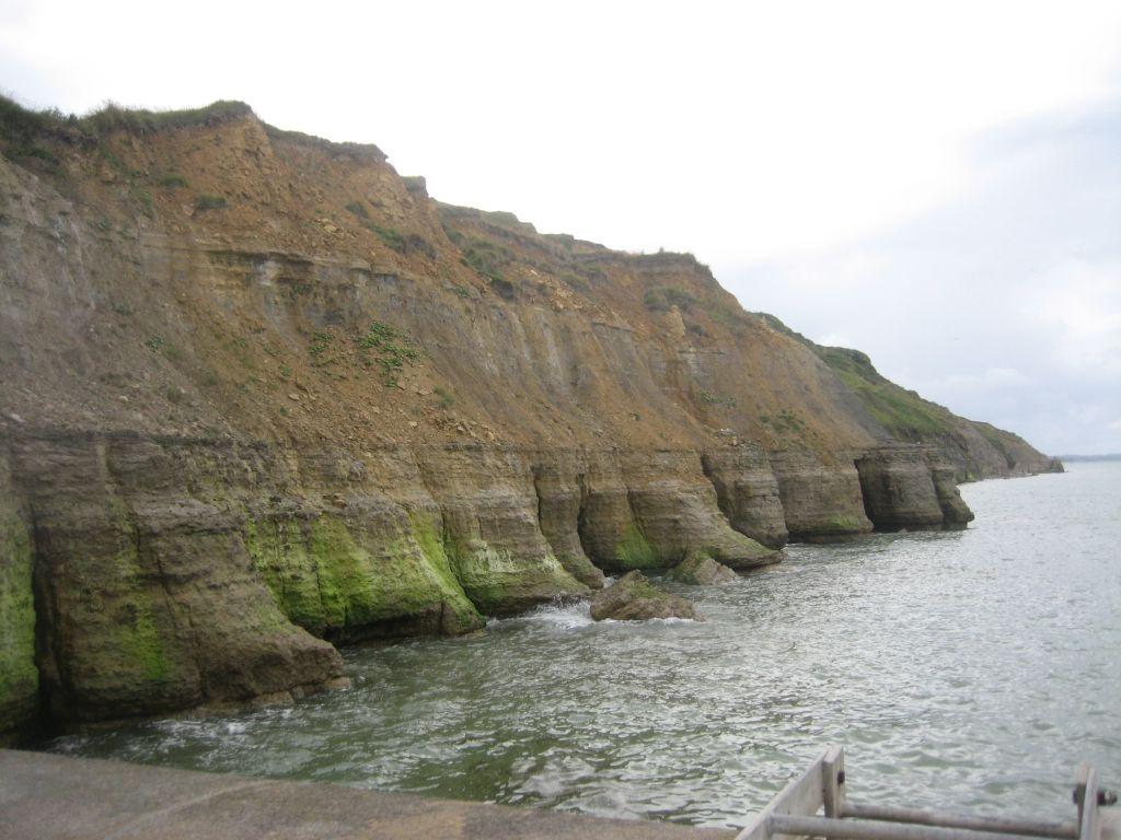 Die Klippen des Omaha Beach