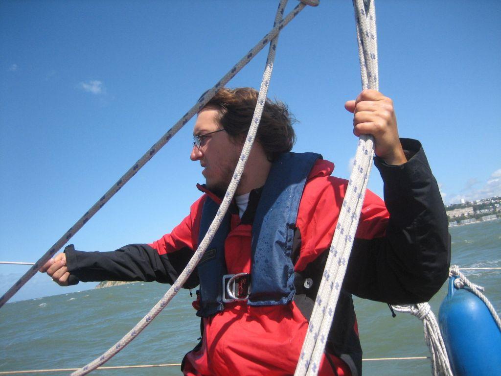 starker Wind in der Hafenausfahrt