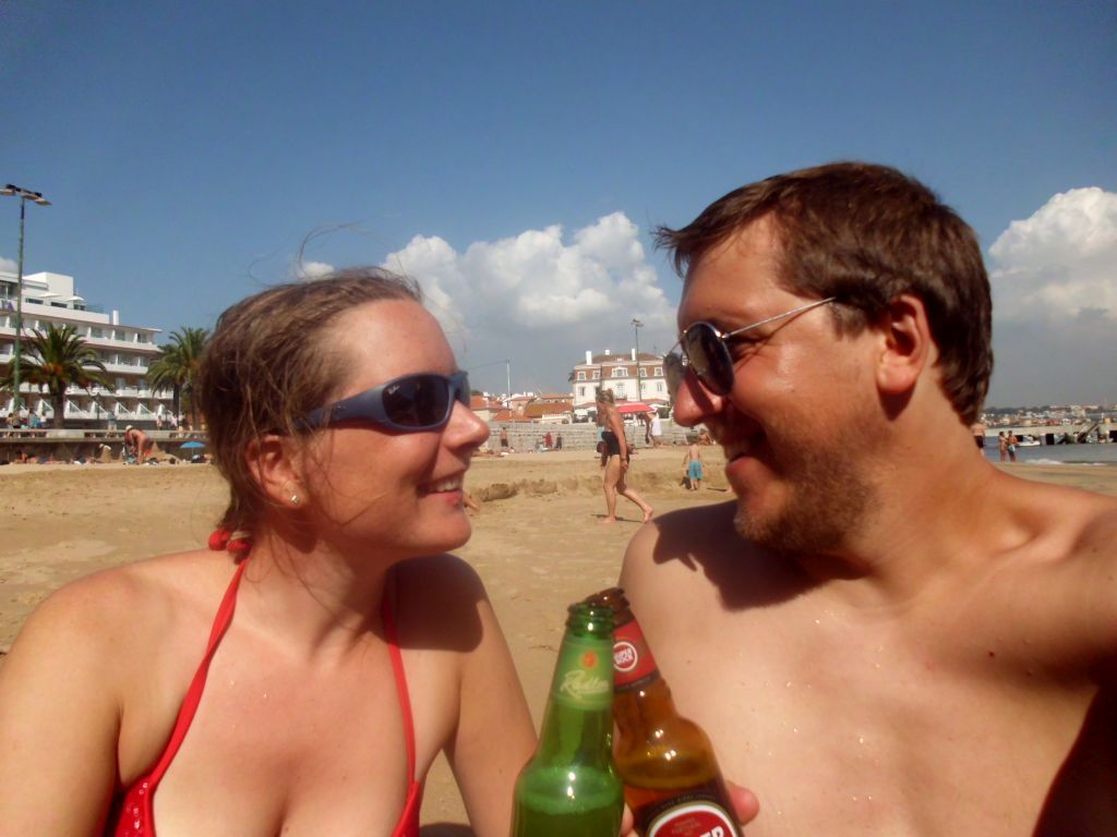 Bier-Selfie am Strand