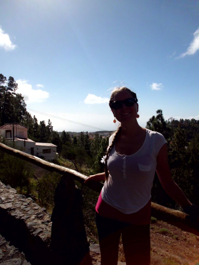 Einer der vielen Aussichtspunkte auf den Bergstraßen Teneriffas