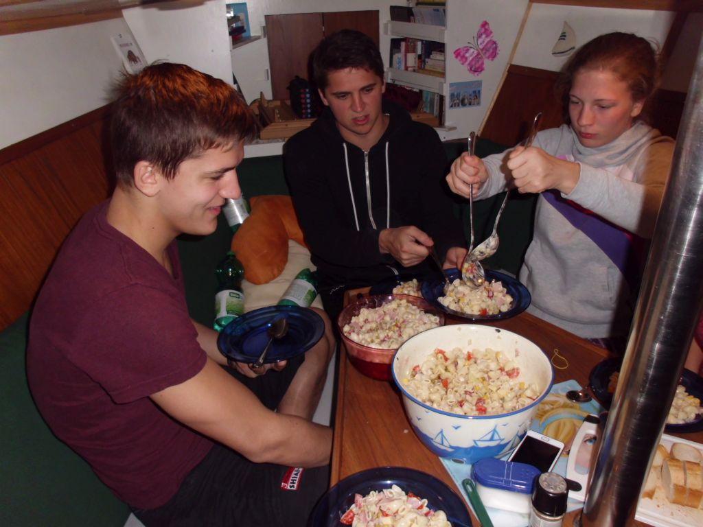 Riesenmengen an Nudelsalat