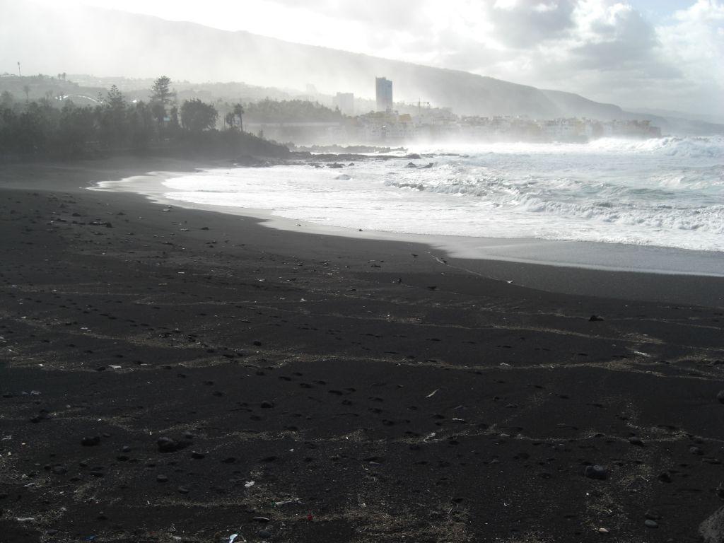 Wellen in Puerto La Cruz
