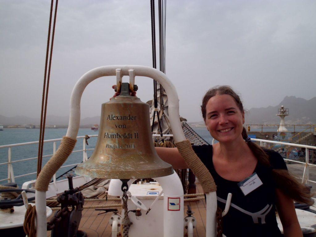 Jaqueline und die Schiffsglocke