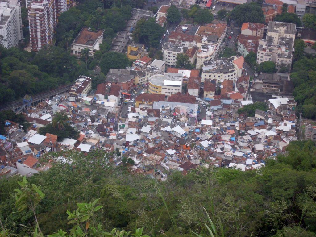 Favela 2