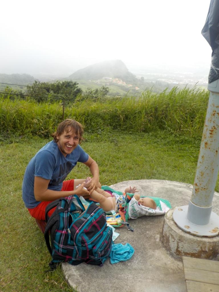 Windel wechseln auf einem Vulkan