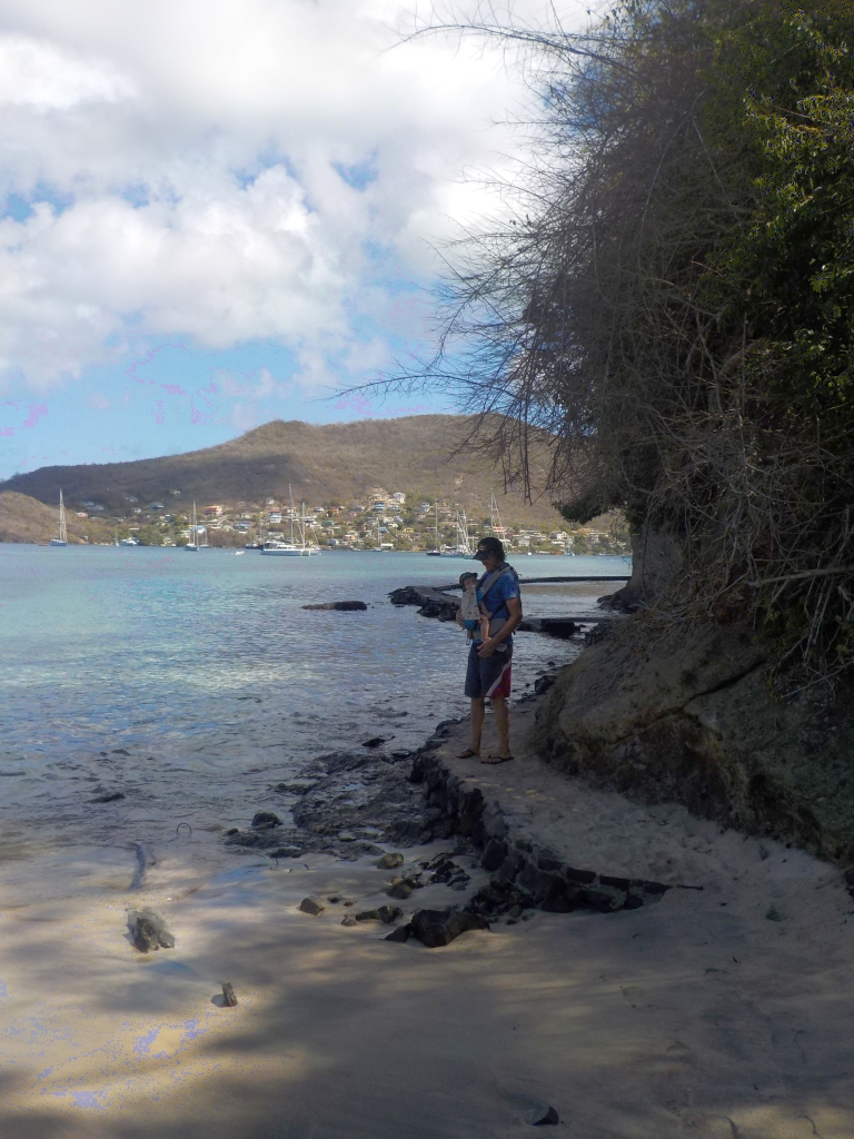 Strandspaziergang in Bequia