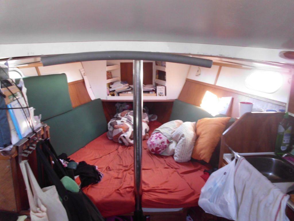 Das Vorschiff, zur Doppelkoje umgebaut (bei uns der Normalzustand)